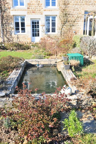 Spacious Former Schoolhouse With Gîte And Over Half Acre